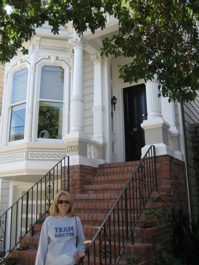 Our Next Stop Was The Tanner Family Home From Full House. Their Red Doored  House Is Not One Of The Seven Sisters As Is Commonly Believed, But Is  Actually A ...
